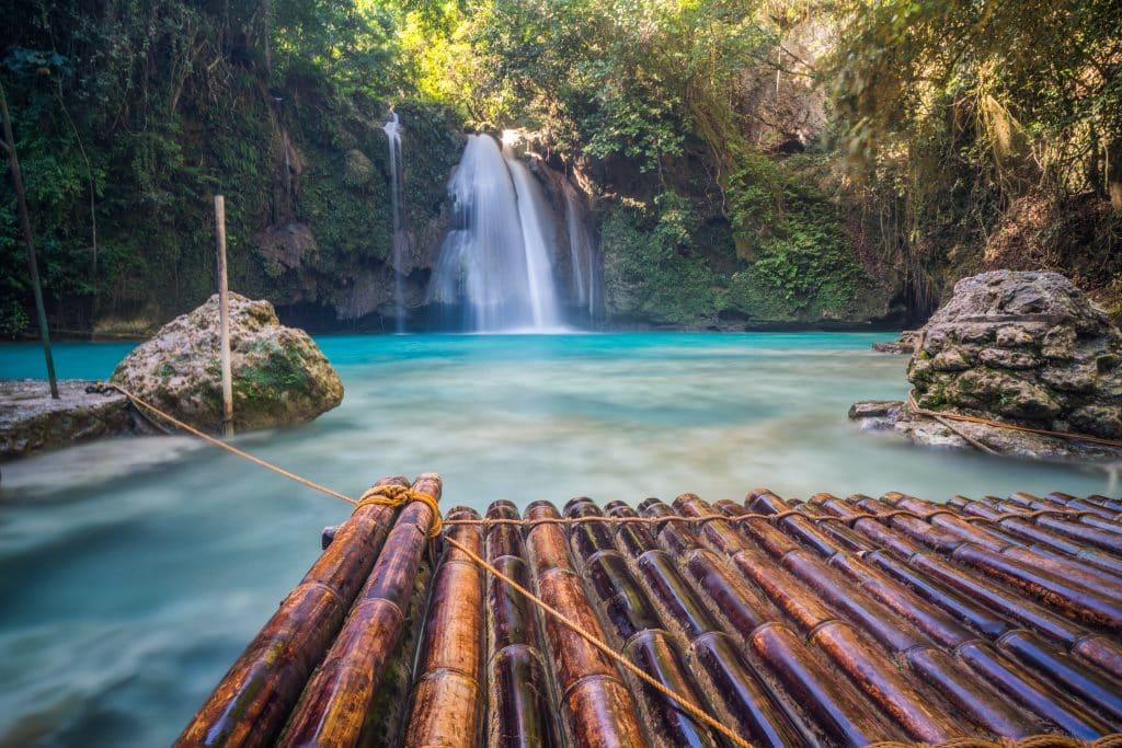 セブ島観光ならカワサンの滝がおすすめ
